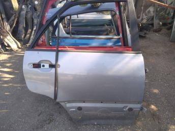 Дверь задняя правая Lexus RX 300