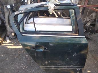 Дверь задняя правая Opel Astra H хетчбэк