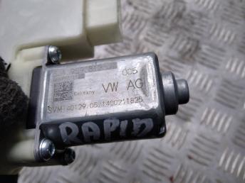 Моторчик стеклоподъемника Skoda Rapid/Fabia 5JA959812J