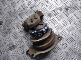 Опора двигателя правая VAG 6R0199167Q