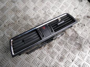 Дефлектор воздушный Skoda Rapid 5JA820951BRYP