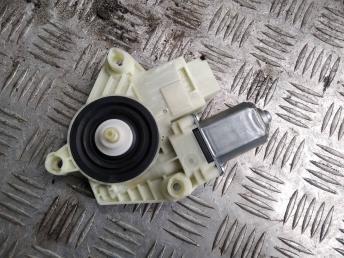 Моторчик стеклоподъемника Skoda Rapid 5JA959811H