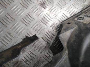 Решетка радиатора Skoda Rapid 5JA853668