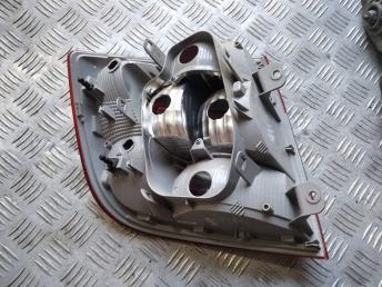 Фонарь задний правый Skoda Rapid лифтбэк 5JH945112