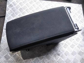 Подлокотник Volkswagen Passat B7 3C08633151QB