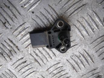Датчик абсолютного давления Volkswagen Passat B7 038906051D