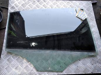 Стекло задней правой двери Volkswagen Passat B7 3AE845026
