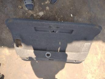 Обшивка крышки багажника Volkswagen Passat B7 3AE8676058W4