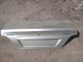 Крышка багажника Daewoo Nexia 96169602