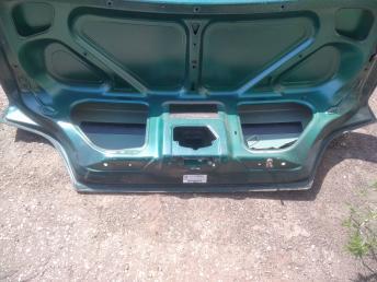 Крышка багажника Peugeot 406 860675