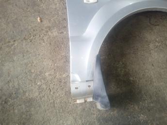 Крыло переднее правое Kia Sorento 1 663213E141