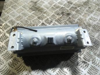 Подушка безопасности пассажирская на Ауди А4 Б5 8D0880201J
