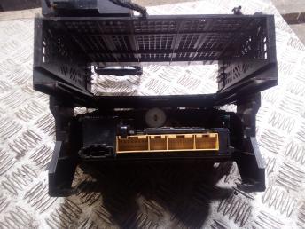 Блок управления климатикой на Ауди А4 Б5 8D0820043M