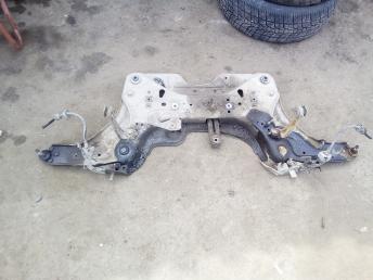 Балка подмоторная Renault Laguna 2 8200734588
