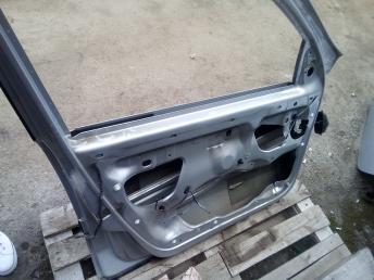 Дверь передняя левая Renault Laguna 2 7782012346