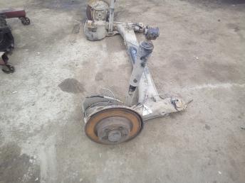 Балка задняя Renault Laguna 2 7701477428