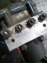 Блок ABS (насос) Citroen C5 2