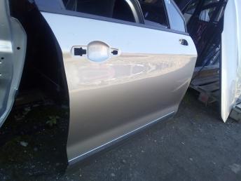 Дверь передняя правая Citroen C5 2 9004Z2