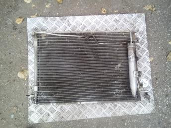 Радиатор кондиционера Kia Sorento 976063E600