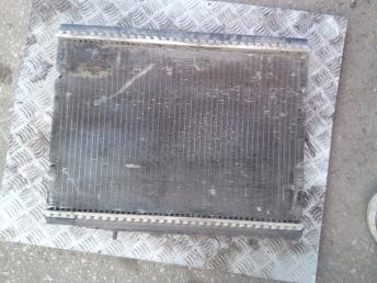 Радиатор охлаждения Peugeot 406 9643120180