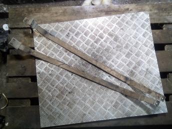 Кронштейн топливного бака Chery Tiggo T111100035