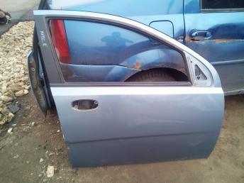 Дверь передняя правая Chevrolet Aveo 96585328