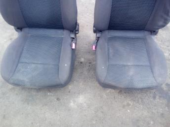 Сиденья передние Chevrolet Aveo