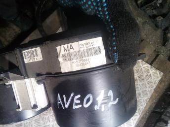 Панель приборов Chevrolet Aveo 96426047