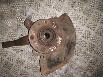 Кулак передний правый Chery Amulet A15 A113001012AB