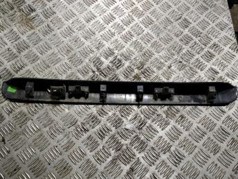 Накладка двери багажника Volkswagen Caddy 2K5827574D9B9