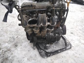 Двигатель в сборе Renault 1.4 K7J700 7701472383