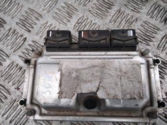 Блок управления двигателем Peugeot 307