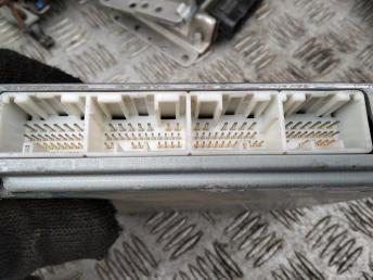 Блок управления двигателем Toyota Avensis 2 96389099