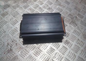 Усилитель акустической системы на Ауди А6 С5