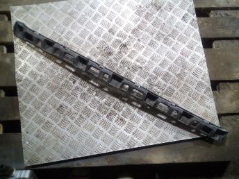 Направляющая заднего бампера на Поло 5 6RU807863