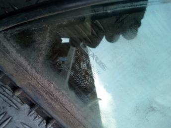 Форточка задней правой двери Lexus RX 300 6812348040