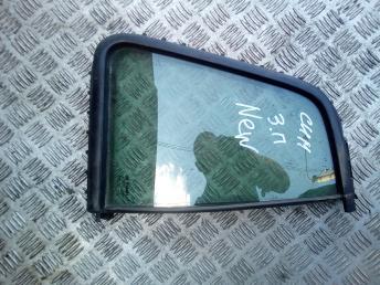 Форточка задней правой двери Renault Symbol 2 8200695959