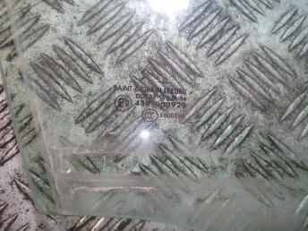 Стекло передней правой двери Citroen C4 1 9202E4