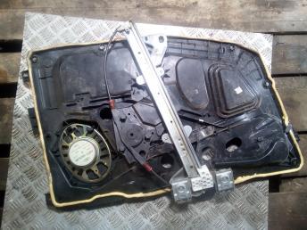 Стеклоподъемник передний правый Ford 1546517