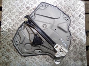 Стеклоподъемник задний левый Skoda Octavia A5 1Z0839655B