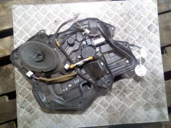 Стеклоподъемник задний правый Mazda 3 BL BBM472590