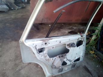 Дверь задняя левая Daewoo Nexia 96169038