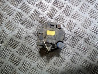 Фара противотуманная передняя Nissan Tiida 261508990B