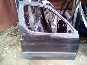 Дверь передняя правая Partner/Berlingo 9004W3