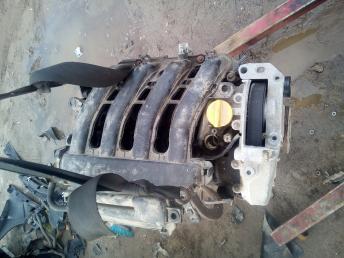 Двигатель в сборе Renault 1.6 K4M 7701476945