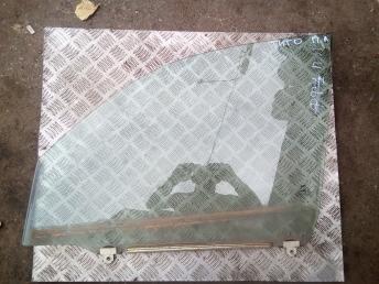 Стекло передней левой двери Chery Tiggo T116103010