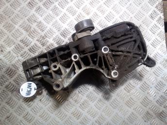 Кронштейн Renault 1.6 16V K4M