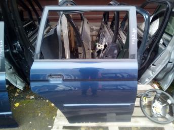 Дверь задняя правая Mitsubishi Montero Sport MR981942