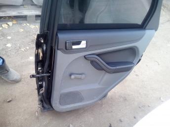 Дверь задняя правая Ford Focus 2 1702402