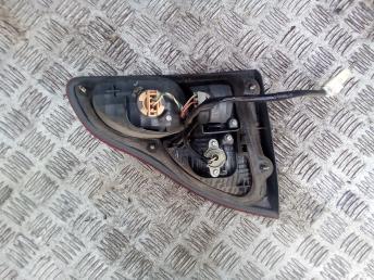 Фонарь задний правый Toyota Ipsum 8158044050
